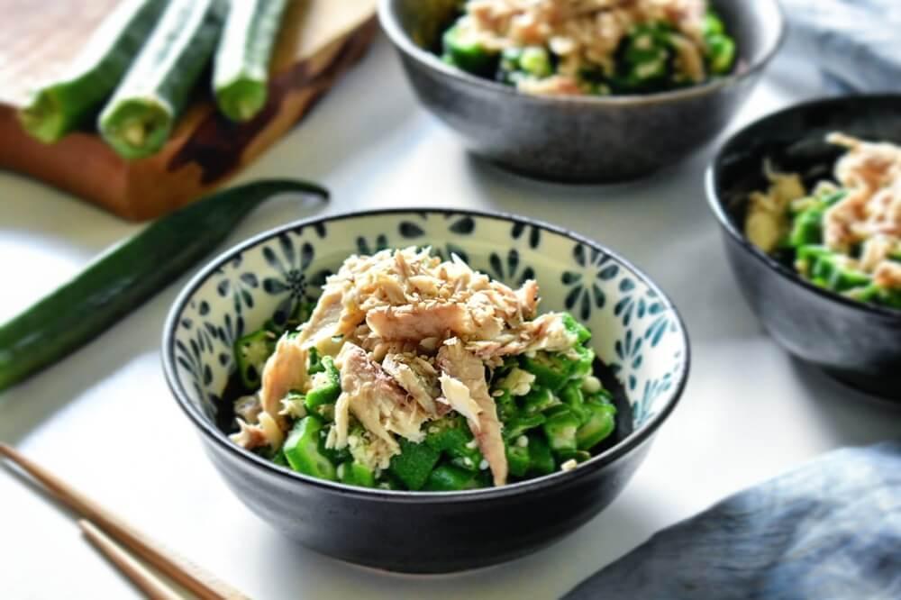 insalata di okra e filetti di sgombro