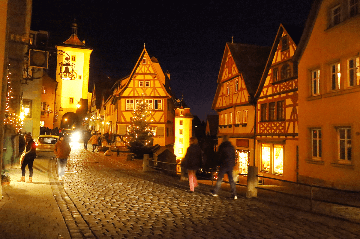 ローテンブルク・レゲンスブルグ - クリスマスの魔法がかかる街ー