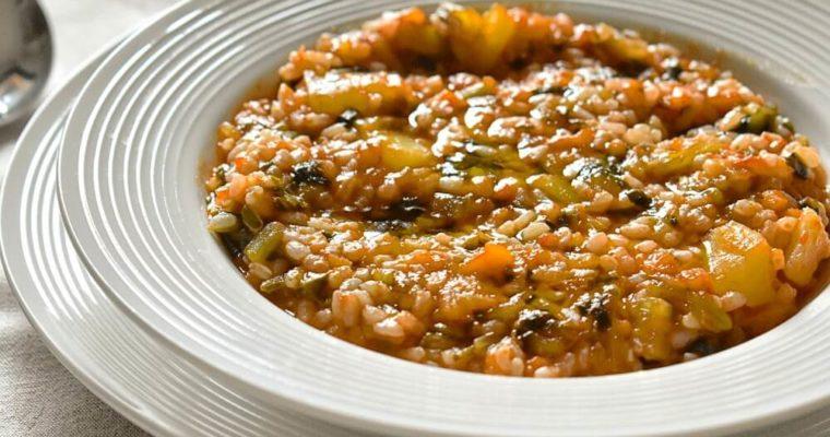 minestra di riso e catalogna al pomodoro