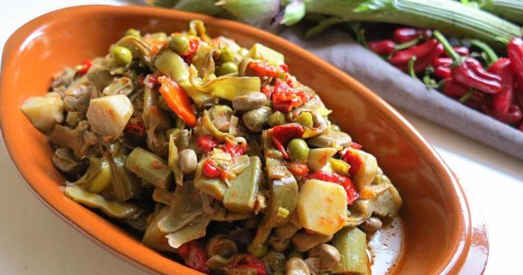minestra primaverile di fave, piselli e carciofi