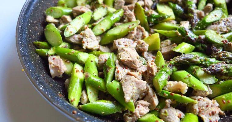 アスパラガスと牛肉の粒マスタード炒め