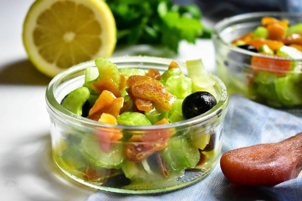 ボッタルガとセロリのサラダ