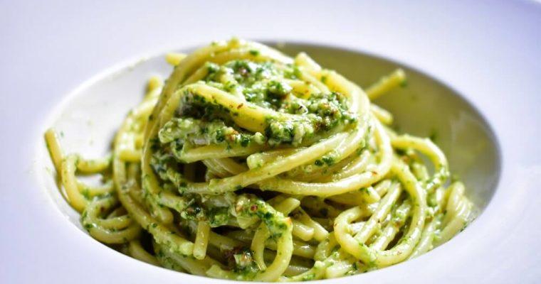 spaghetti al pesto di sedano