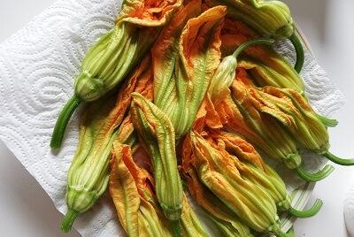 花ズッキーニ fiori di zucca fritti