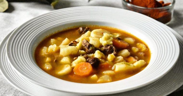 gulyás leves (la vera zuppa di gulash ungherese)