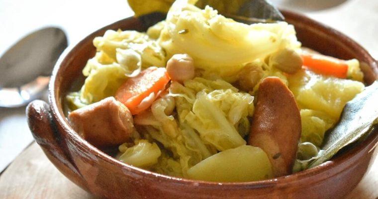 pot-au-feu (zuppa di carne, verdure e legumi)