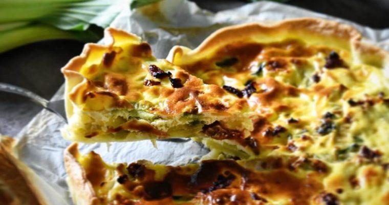 torta salata con pak-choi e patate
