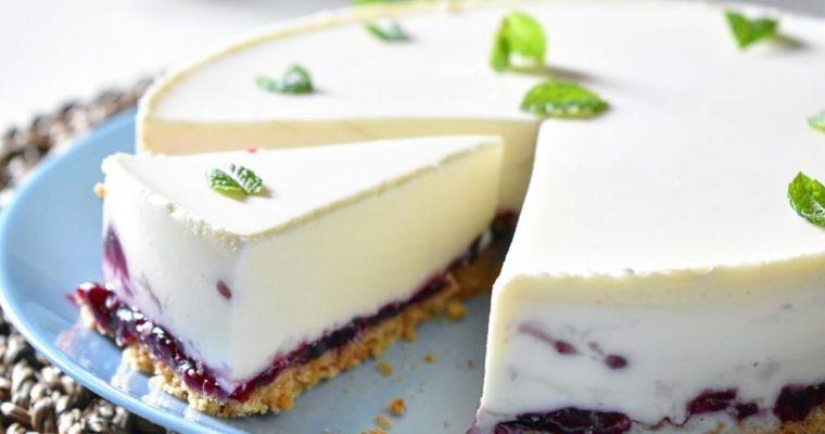 cheesecake con marmellata ai frutti di bosco