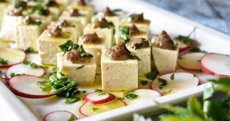 豆腐とアンチョビペーストの前菜