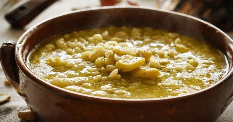 zuppa di orzo e fave