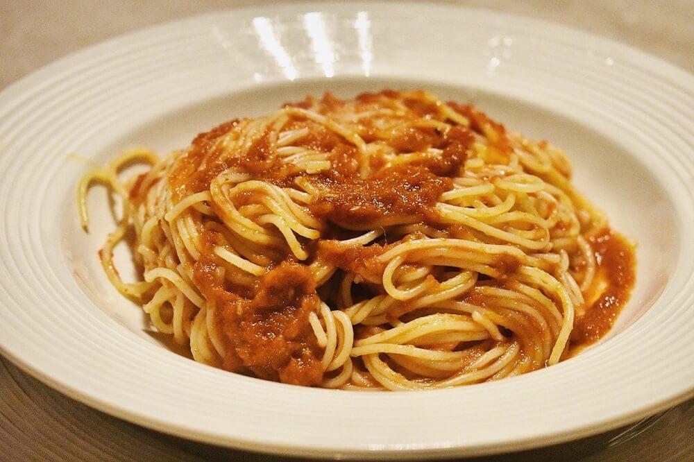 アンチョビとトマトソースのフィデリーニ