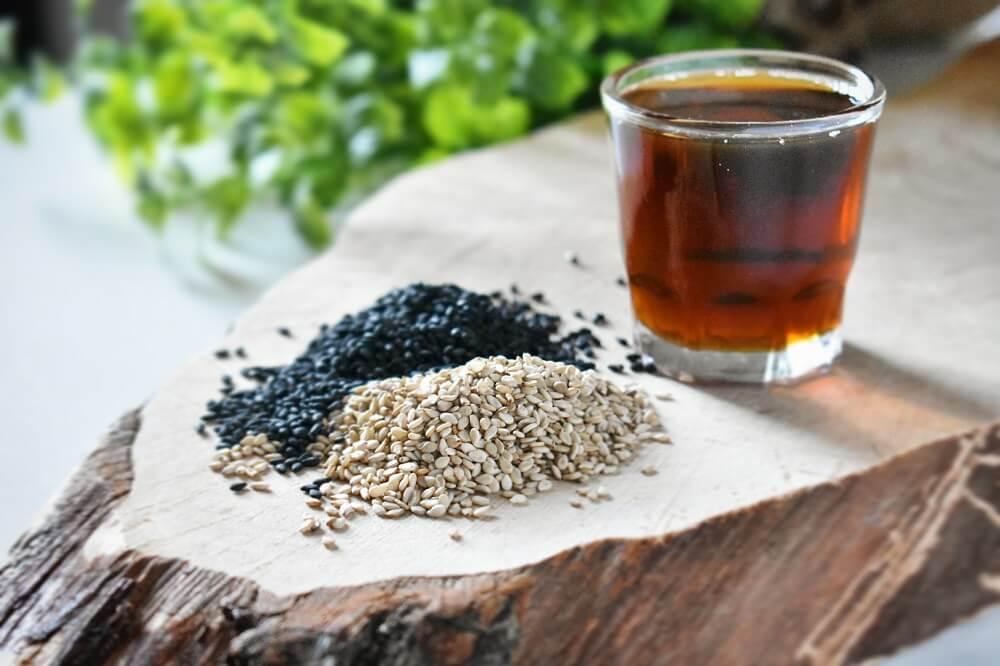 sesamo e olio di sesamo tostato