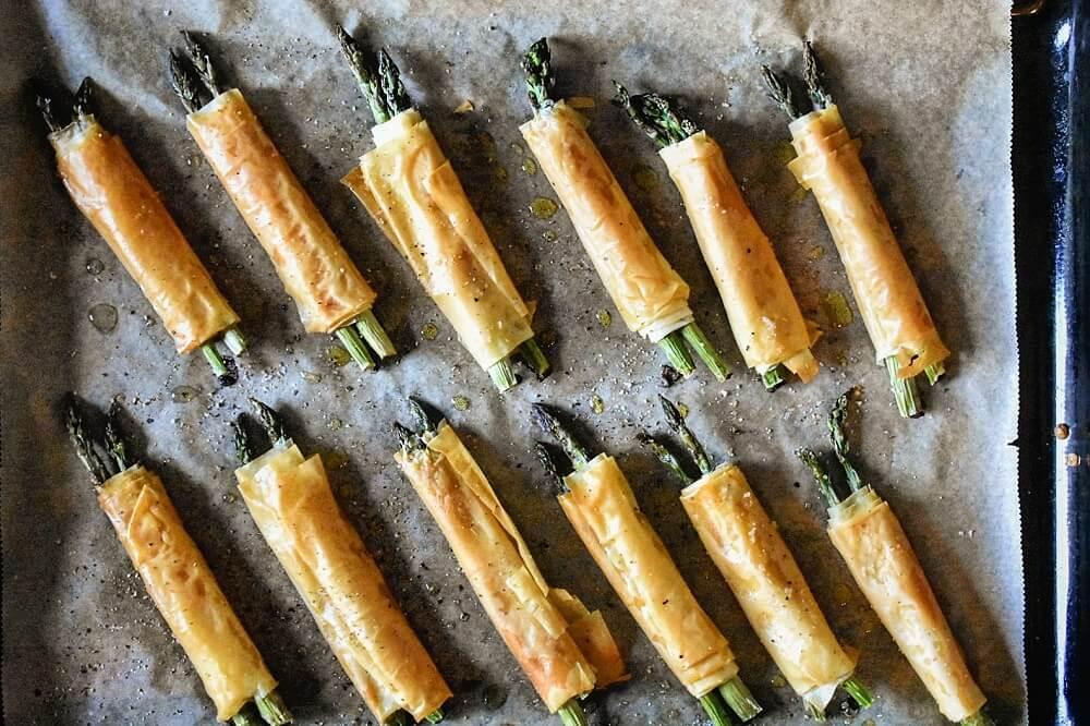 アスパラのフィロ生地巻き involtini di asparagi con pasta filo