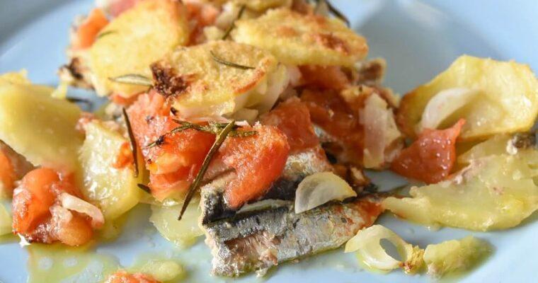 イワシとトマトのヴェルナッツァ風オーブン焼き