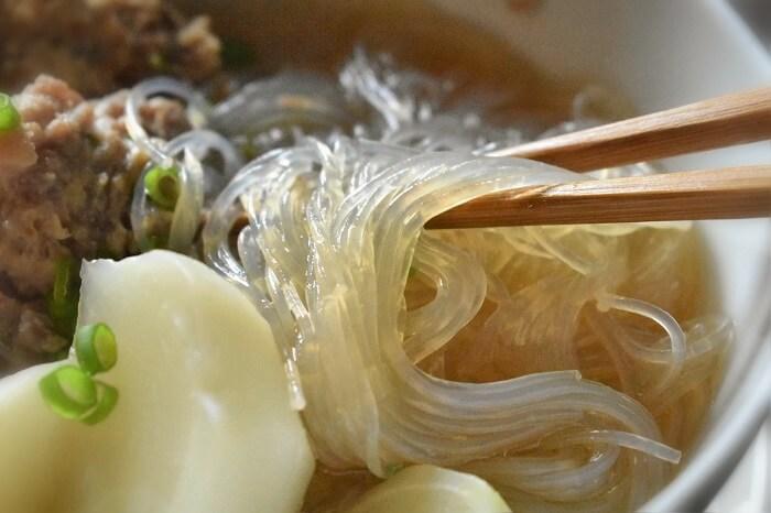 zuppa di rape suino e spaghetti di soia